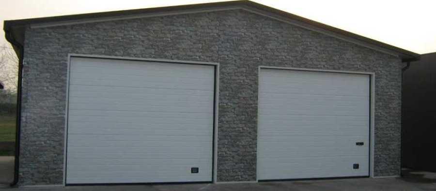 Prezzi e guida per costruire un garage in muratura for Quanto costruire un garage per due auto