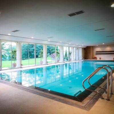 Manutenzione piscine con acqua salata