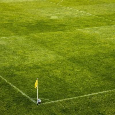 Campo da calcio in erba vera