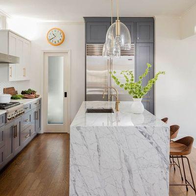 Installare top cucina in marmo prezzi e informazioni habitissimo - Top cucina marmo prezzi ...