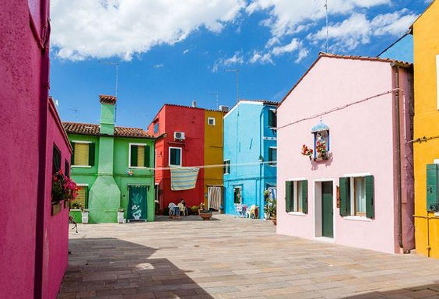 Preventivo dipingere villetta online habitissimo for Case colorate esterni
