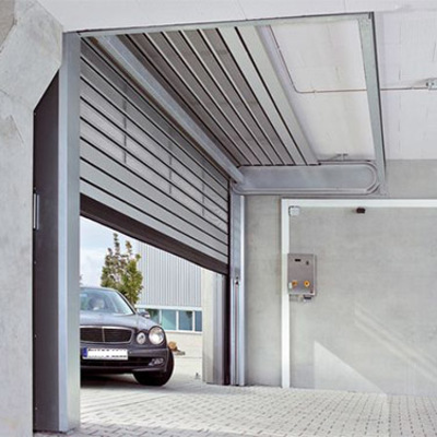 Preventivi per automatizzare le porte o cancello garage for Saracinesche per garage