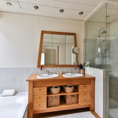Quali mobili scegliere per il lavabo?