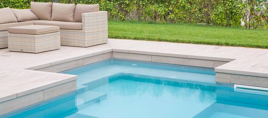 Realizzare i bordi della piscina: prezzi, foto e idee ...