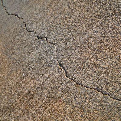 Analisi di crepe e fessure