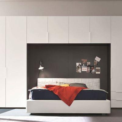 Preventivi e idee per un armadio a muro su misura for Arredamento camerette ikea