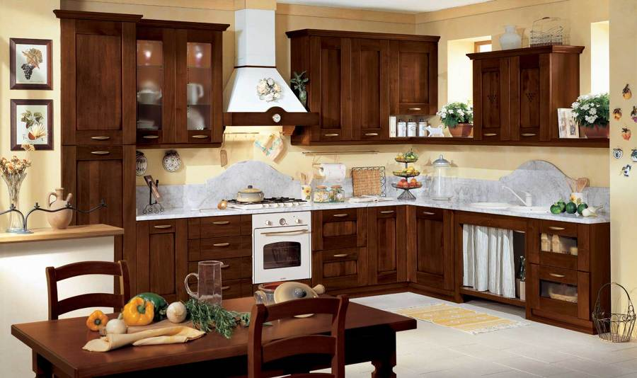 Free idee consigli e prezzi per arredare la cucina for Idee arredo cucina classica