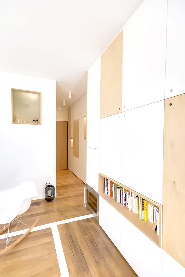 Lovely Ristrutturazione Appartamento 30 Mq: Idee E Suggerimenti. Ingresso E  Libreria Su Misura