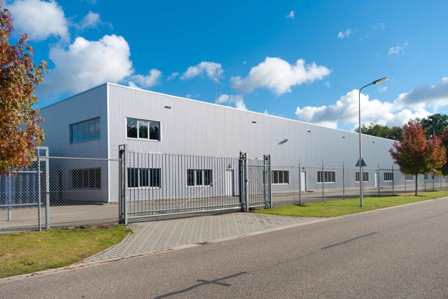 Costi e idee per costruzione capannoni industriali for Capannoni in legno prezzi