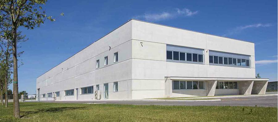 Costi e idee per costruzione capannoni industriali for Piani di progettazione moderni capannone