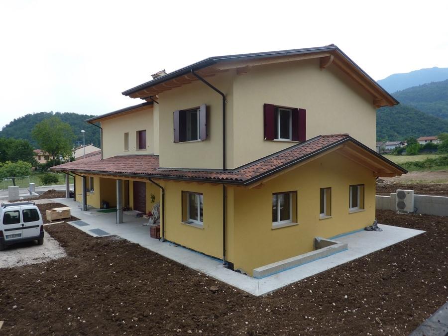Progetto villetta 2 piani op67 regardsdefemmes for Piani di costruzione personalizzati per la casa
