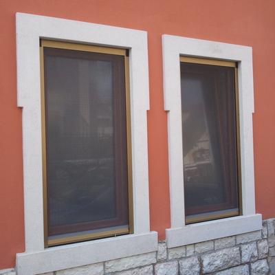 Installazione cornicioni in marmo prezzi e idee habitissimo - Cornici per finestre esterne prezzi ...