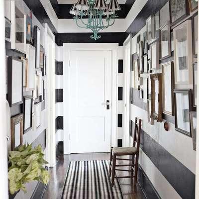 Dipingere il corridoio in bianco e nero