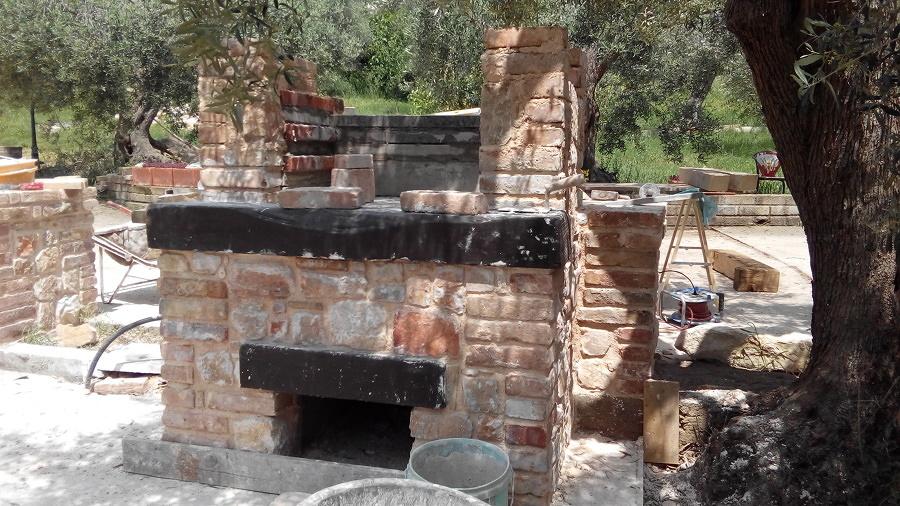 Costruire un barbecue quanto costa e come progettarlo for Quanto costa costruire un solarium