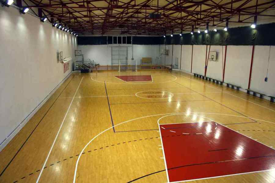 Preventivi e idee per costruire un campo di basket for Il campo da basket