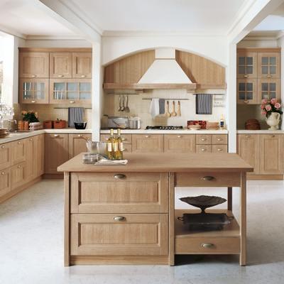 Realizzare isola cucina costi idee e preventivi - Cucina rustica con isola ...