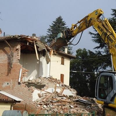 demolizione di una casa: prezzi e consigli da sapere - habitissimo