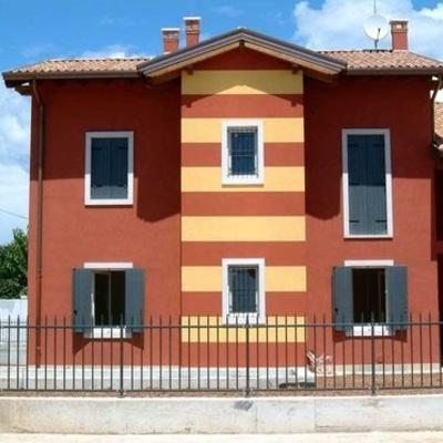 Dipingere esterno casa unifamiliare consigli e costi habitissimo - Dipingere casa costi ...