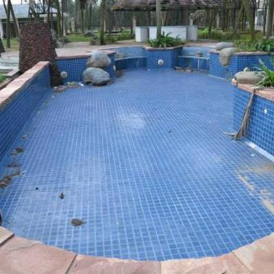 Drenaggio piscina riparazione tubi