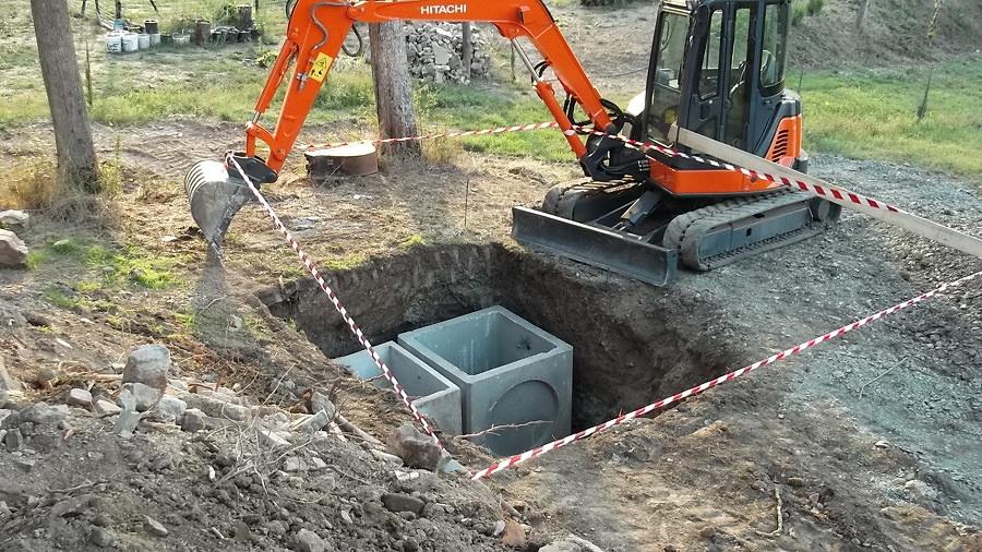 Spurgo e manutenzione della fossa  biologica