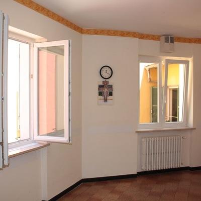 Prezzi e idee per sostituire le finestre habitissimo - Finestra a vasistas ...