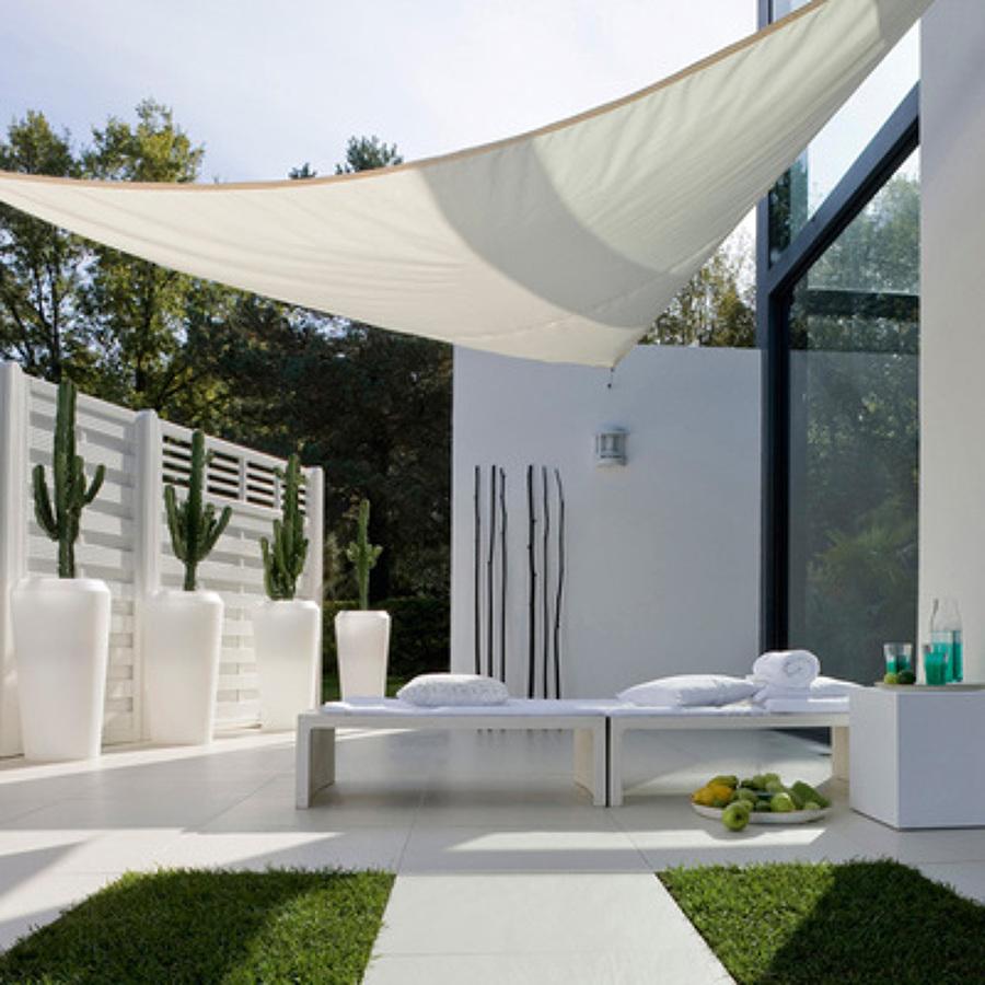 Preventivi e guida per le tende da sole habitissimo for Essere minimalisti