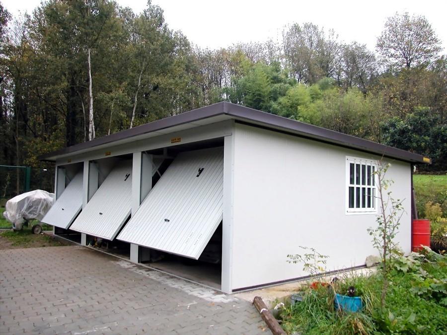 Costruire un garage preventivi e consigli habitissimo for Grandi pavimenti del garage