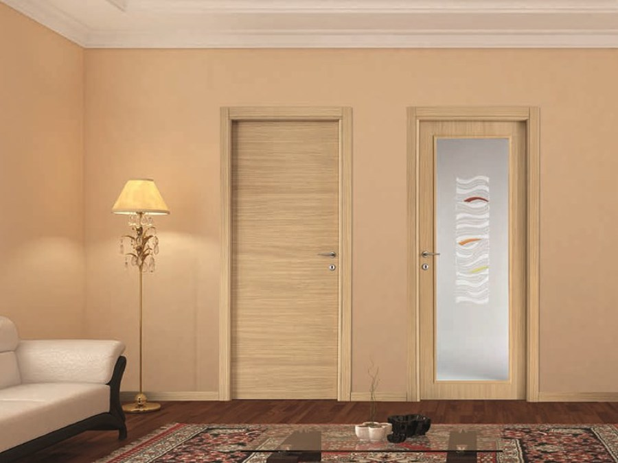 Installare porta d'ingresso in legno laminato