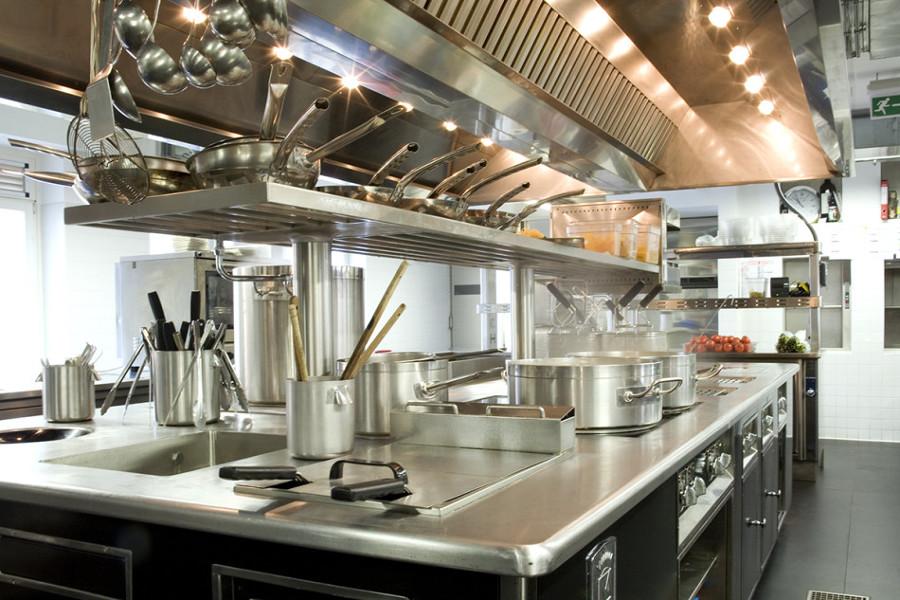 Ristrutturazione cucina industriale prezzi idee e consigli habitissimo - Prezzi cucine professionali ...