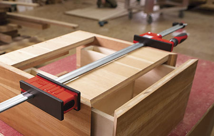 Preventivo ristrutturazione travi in legno online habitissimo - Ristrutturazione mobili legno ...
