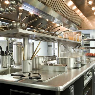 Come attrezzare una cucina industriale? Prezzi e consigli - Habitissimo