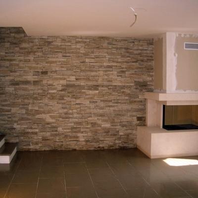 Ristrutturare un muro in pietra prezzi e consigli - Come piastrellare un muro esterno ...