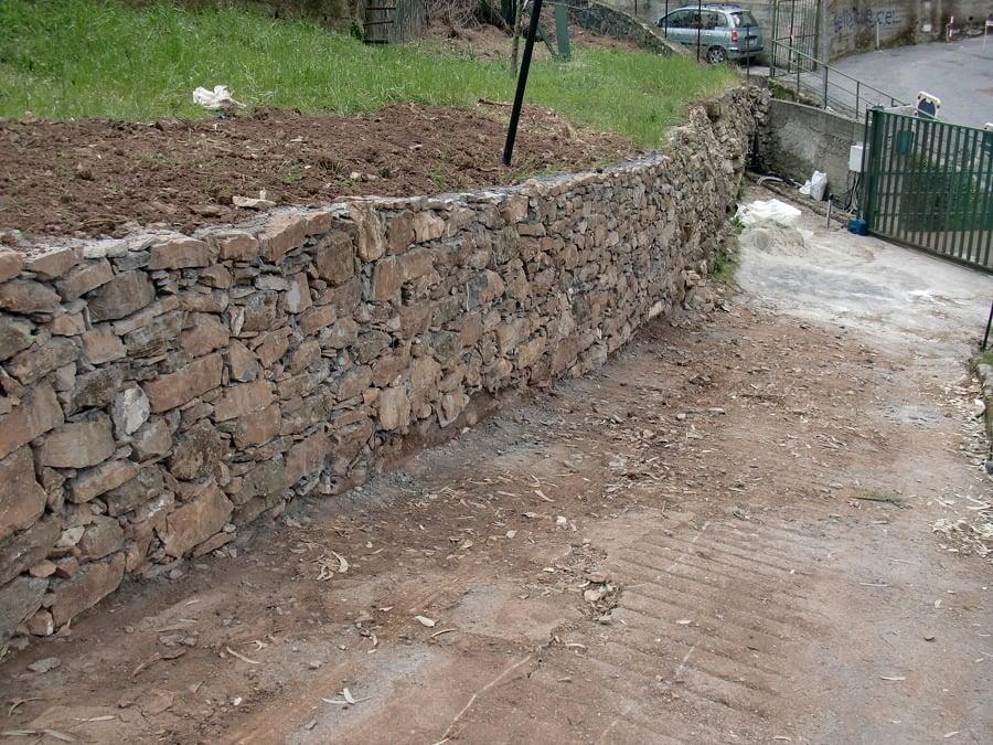 Prezzi e materiali per costruire un muro di recinzione for Muretto recinzione dwg