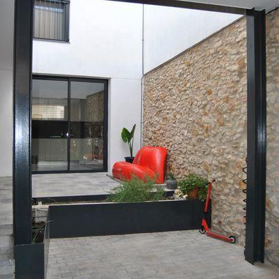 Muro di cinta in pietra
