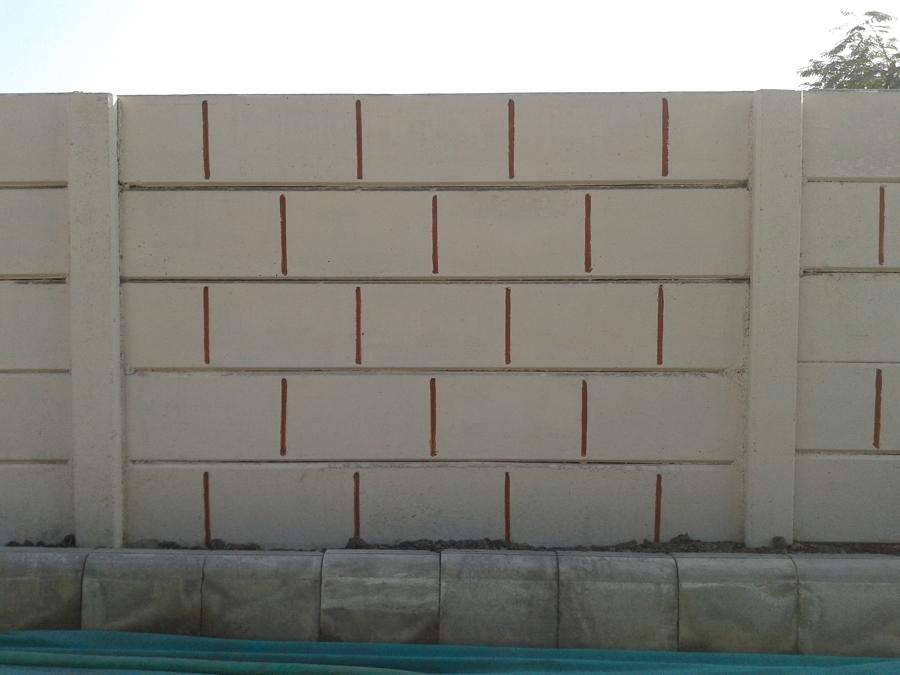 Preventivo muro recinzione online habitissimo for Costo di costruzione moderno della fattoria