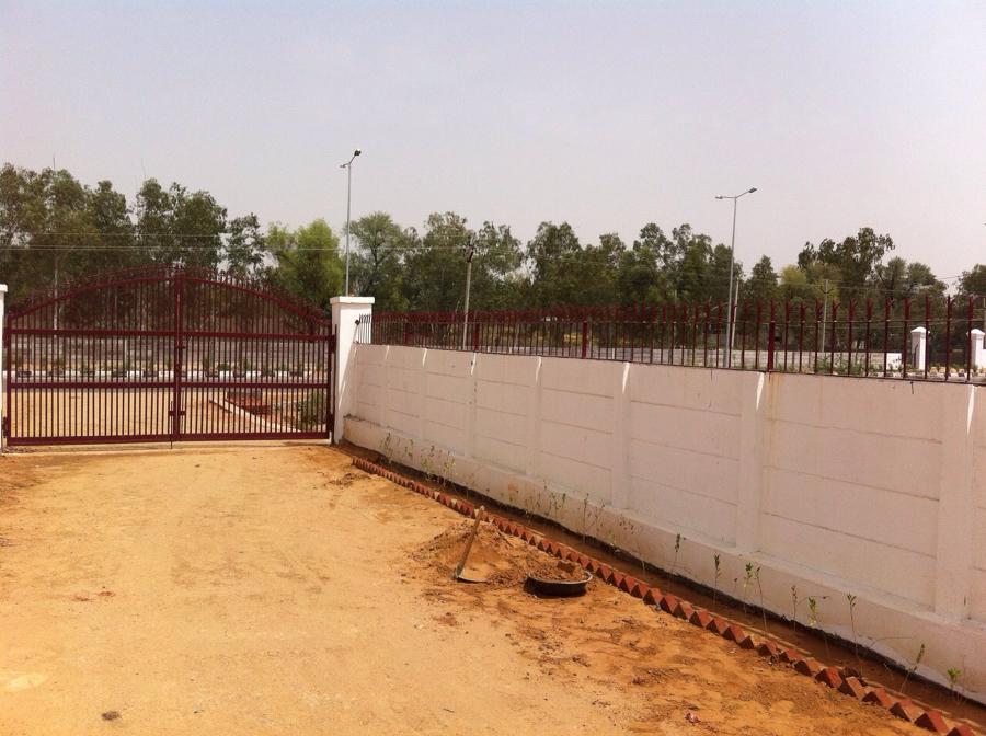 Prezzi e materiali per costruire un muro di recinzione for Quanto costa una mega villa