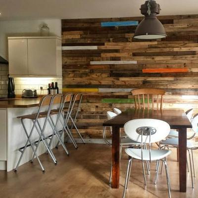 Dipingere la sala da pranzo colori tecniche e costi for Colori per pareti sala da pranzo
