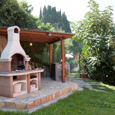 Consigli e prezzi per progettare un giardino di casa for Giardino 100 mq