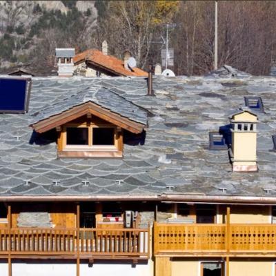 Piastrelle per tetti consigli e prezzi per la posa - Piastrelle in pietra naturale ...