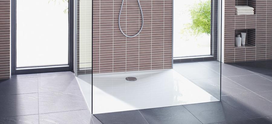 Prezzi cambiare piatto doccia online habitissimo - Doccia a filo pavimento ...