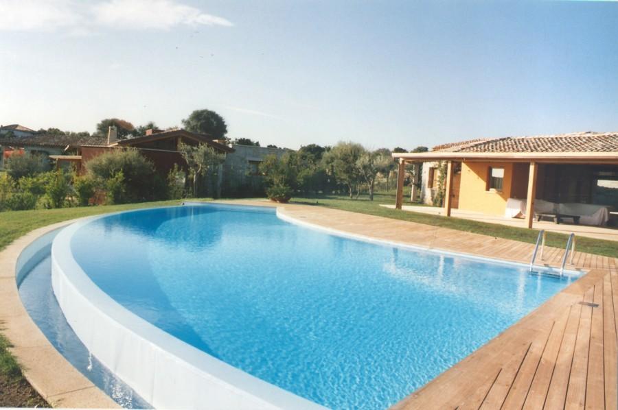 Prezzi e guida per la ristrutturazione di piscine - Piscine usate subito it ...