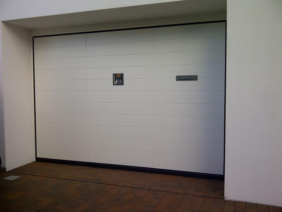 Preventivo riparare porta garage online habitissimo - Porta del garage ...