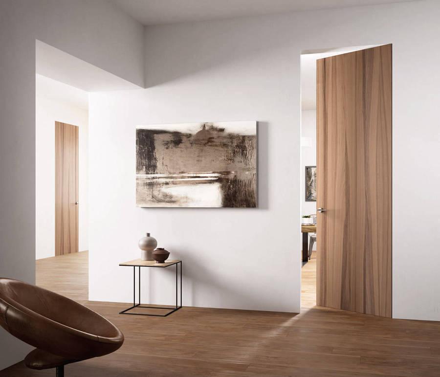 Porta in legno filomuro
