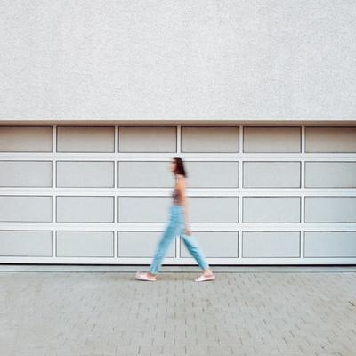 Porta per garage in alluminio