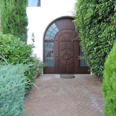 Porte in legno di castagno