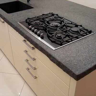 Installare top per cucine in granito confronta costi habitissimo - Top cucina in granito ...
