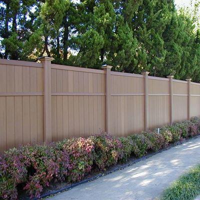 Informazione e prezzi per ringhiere e recinzioni in pvc habitissimo - Recinzione per giardino ...