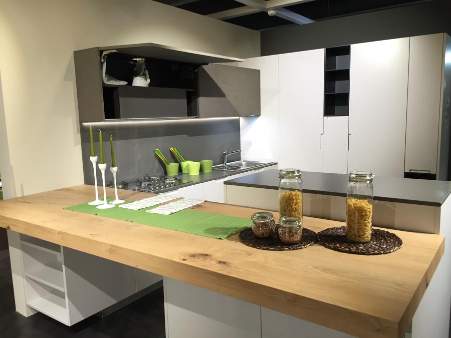Materiali prezzi e consigli per top per cucine habitissimo - Top cucina in cemento ...