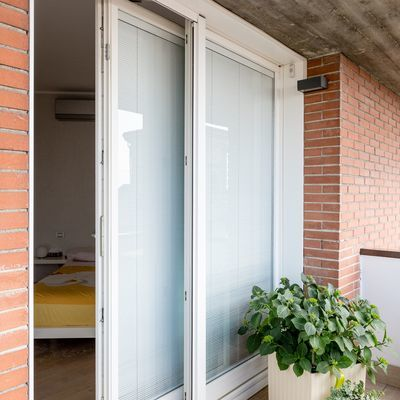 Riparazione di una finestra in pvc