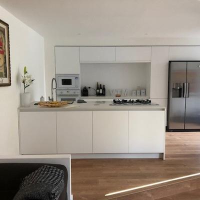 Ristrutturazione per aprire cucine al salone
